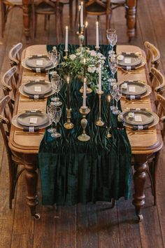 Luxe Industrial Velvet Wedding Ideas at Clapton Country Club London Luxe Wedding, Gold Wedding, Wedding Table, Wedding Cakes, Dream Wedding, Magical Wedding, Wedding Themes, Wedding Colors, Wedding Decorations