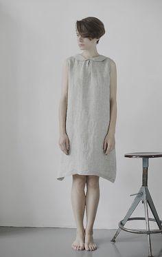 Charcoal sleeveless dress in Mukushop                    Light Gray sleeveless dress in Muku shop