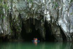 Philippinen: Der Puerto-Princesa Subterranean River National Park beherbergt den weltweit längsten unterirdischen Fluss.