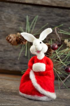 Bear Creek Bunny #339 needle felted by Teresa Perleberg