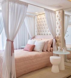 8 Cute Teen Bedroom Ideas Design room ideas for teen girls, bedroom decor for teens, decor teen bedroo. Teenage Girl Bedrooms, Teen Bedroom, Bedroom Inspo, Modern Bedroom, Bedroom Hacks, Master Bedroom, Bedroom Decor, Bedroom Ideas, Girl Rooms