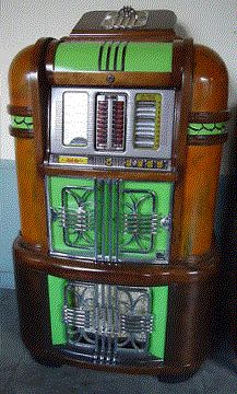 1940 Light-Up Jukebox. #vintageaudio #jukebox http://www.pinterest.com/TheHitman14/ghosts-of-audios-past/