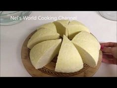 From milk to cheese in 10 minutes, without rennet! - How to Make Cheese at Home - Easy Cheese Recipe Making Cheese At Home, How To Make Cheese, Cheese Recipes, Low Carb Recipes, Cooking Recipes, Cooking Tips, Yogurt, Fondue, Cheese Maker