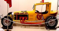 This page at Racing From The Past is dedicated to race cars that have been restored or replica's of race cars of days gone bye. Sprint Car Racing, Real Racing, Auto Racing, Vintage Race Car, Vintage Auto, Old Race Cars, Dirt Track, Modified Cars, Coups