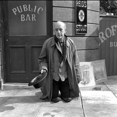 Alec Guinness on the set of The Ladykillers, 1955