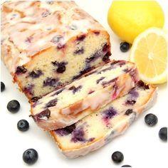 Limonlu Yaban Mersinli Kek Limonlu yabanmersinli keki, taze limon suyu limon kabuğu rendesi kuru taze yada dondurulmuş yabanmersinleri ve yoğurtla yapıyoruz