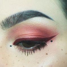 Crimson eyeshadow and winged liner @garagefuneral666