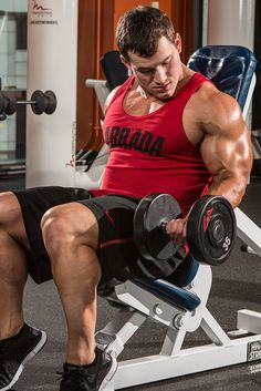 Hunter Labrada's Top 5 Biceps Exercises Biceps training isn't rocket science, but smart exercise selection can make a major difference. Start with these stellar moves. Gym Workout Tips, Aerobics Workout, Weight Training Workouts, Biceps Workout, Workout Men, Men Exercise, Workout Routines, Squat Exercise, Planet Fitness Workout