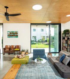 SHARON GATT | בית ברמת הגולן תכנון אדריכלי שרון גת Patio, Studio, Interior, Outdoor Decor, Home Decor, Decoration Home, Indoor, Room Decor, Studios