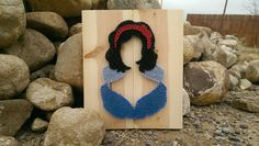 Snow White string art sign by Naileditartbydian