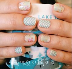 Jamberry Mint&White Chevron and Jamberry Vintage Chic wwwawesomejamwraps.jamberrynails.net