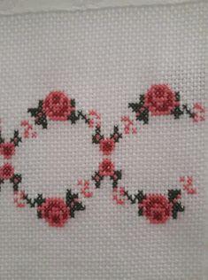 Alıntıdır Cross Stitch Boarders, Cross Stitch Flowers, Palestinian Embroidery, Embroidery Stitches, Diy And Crafts, Crochet, Floral, Vintage, Cute Ideas
