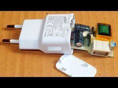 canvert old broken CFL into super led light at hom… Electronic Circuit Projects, Electrical Projects, Arduino Projects, Electronics Gadgets, Electronics Projects, Tech Gadgets, Diy Tech, Tech Hacks, Diy Bluetooth Speaker