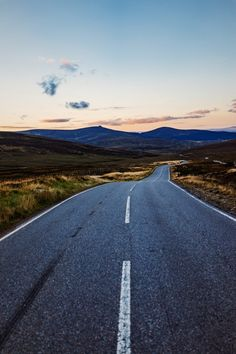 USA Road Trip Ideas and Tips. If you are looking to head out on a road trip, there are a lot of different places you could go. Below, we will be going over some of the top USA road trip Road Trip Usa, New Travel, Travel Goals, Travel Money, Travel Tips, Empty Road, Road Pictures, Perfect Road Trip, Road Trip Destinations