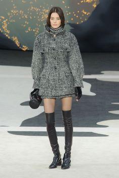 Défile Chanel Prêt-à-porter Automne-hiver 2013-2014 - Look 71