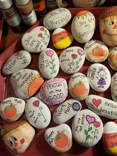 64 Beauty & Cute Rock Painting Ideas