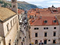 An interesting blog written by someone who spends a month every year in Dubrovnik.