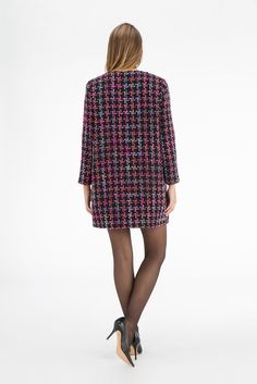 Fashion and Style Blog / Blog de Moda . Post:  Abrigo , Top de lazos y Falda-Pantalón  Oh My Looks / Oh My Looks Coat   , Top and Skirt-Short ( Pedidos / Orders : info@ohmylooks.com )  .More pictures on/ Más fotos en : http://www.ohmylooks.com .Llevo/ I wear : Abrigo / Coat ; Skirt-Short / Falda-Pantalón y Top : Oh My Looks (info@ohmylooks.com)