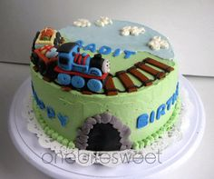 ok... this is inspiration for my son's 2nd birthday cake. he is borderline obsessed with thomas and friends. :)