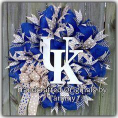 Kentucky, Wildcats, Wreath, UK https://m.facebook.com/handcraftedoriginals