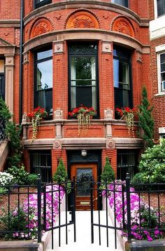 Lovely - I would love to live on Beacon Hill in Boston!
