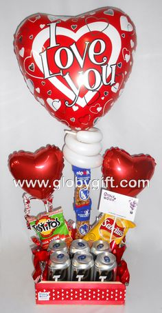 who was san valentin . - Arreglo de globos para San Valentín ideal para hombre … who was san valentin - Who Is Valentine, Valentine Treats, Valentines Diy, Valentine Day Gifts, 21st Birthday, Birthday Cards, Candy Grams, Candy Bouquet, Chocolate Gifts