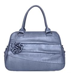 has room for my camera and purse odds and ends. gorgeous too! WANT!