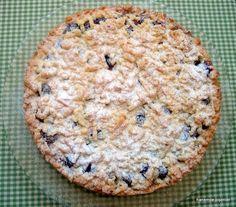 Crumble aslen İngiliz kökenli bir pişirme şekli, çoğu zaman tatlı olarak yapıldığı gibi kimi zaman da tuzlu versiyonları olabiliyor. Crumble Türkçeye kırıklanmış diye çevirilebilir. Bizim mutfakkü…