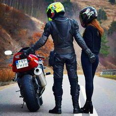 Weekend Adventures with Motorcycle? Motorcycle Couple Pictures, Biker Couple, Scooter Motorcycle, Motorbike Girl, Biker Chick, Biker Girl, Cb 600 Hornet, Sv 650, Biker Love