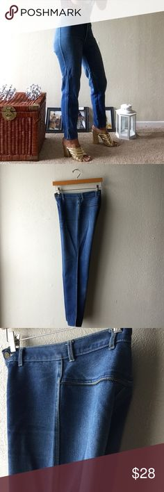 """😍 VINTAGE Super High waist denim Bought these babies and didn't know how much punch they had! Fits so awesome! Has some embellishment detail on the back. No pockets! Button says """"Jeanjer Brand"""". Size tag says 9, but fits just right to me as a size 4. Vintage Jeans"""