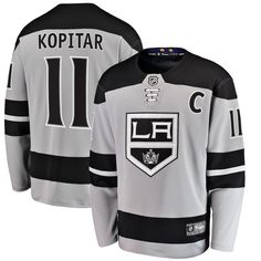 Hockey Girls, Hockey Mom, Ice Hockey, Bruins Hockey, Classic Names, Nhl Jerseys, Jonathan Toews, Los Angeles Kings, Detroit Red Wings
