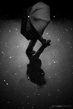 Street Photography - Paris (France) by Gilles Vidal, via Behance Street Photography People, City Photography, Black And White City, Black And White Pictures, Photography Essentials, Shadow Silhouette, Art Music, Cool Artwork, Street Art