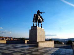 statue of Žižka overlooking Prague