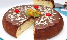 Cake done in pan from Spain Simply Recipes, Sweet Recipes, Plum Cake, Cake Pops, Cooking Recipes, Pudding, Yummy Food, Favorite Recipes, Sweets