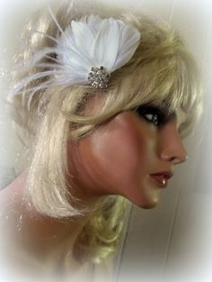 Wedding Bridal Fascinator, Petite Hair Clip, Bride, Bridesmaids, Wedding Hair Accessories, Feather Hair Fascinators