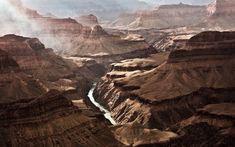 The Grand Canyon is a steep-sided canyon carved by the Colorado River in the United States in the state of Arizona. It is contained within and managed Grand Canyon Arizona, Grand Canyon River, Arizona Usa, Hd Nature Wallpapers, Pretty Wallpapers, The Great Outdoors, Wonders Of The World, Places To See, Beautiful Places