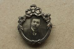 Victorian silver picture brooch: beauty in ruins