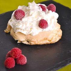 Les conseils de Mercotte pour réussir à coup sûr vos macarons - Cuisine / Madame Figaro Macarons, Meringue, Waffles, Biscuits, Cheesecake, Deserts, Pie, Nutrition, Breakfast