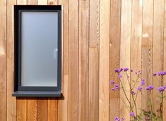 Find wood aluminium windows and doors from VELFAC here Velfac Windows, Aluminium Windows And Doors, Large Windows, Studio Shed, Garden Studio, Window Sill Decor, Window Ideas, Western Red Cedar Cladding, Timber Cladding