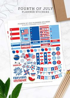 These FREE printable planner stickers for Fourth of July are so cute! These stickers fit the Happy Planner and similar sized planners.