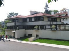 The Westcott House in Springfield, Ohio as it looks today, fully restored. Frank Lloyd Wright, 1906,