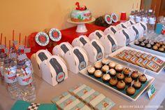Disney Pixar's Cars Birthday Party- Lighting Mcqueen     Kara's Party IdeasKara's Party Ideas