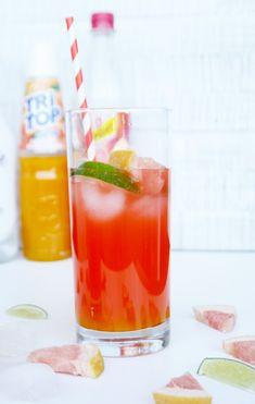 Grapefruit Cooler by http://babyrockmyday.com/grapefruit-cooler/