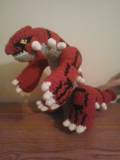 When I tried making Groudon in his nomal colors, I found several mistakes in my original Groudon pattern. This is an updated version with. Crochet Crafts, Crochet Toys, Free Crochet, Pokemon Crochet Pattern, Crochet Patterns, Hat Patterns, Crochet Ideas, Groudon Pokemon, Pokemon Dolls