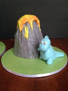 Baby Dino and volcano smash cake