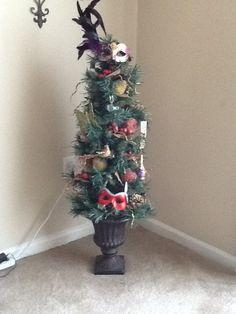 Year round Christmas tree ideas #DIY | DIY Decorating Tips | Pinterest
