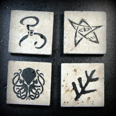 Lovecraft magnets available on travertine now! Eldritch Horror, Cthulhu, Travertine, Paint Designs, Black Backgrounds, Natural Stones, Paint Colors, Magnets, Geek Stuff