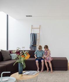 leefruimte met open haard door ABSBouwteam | http://www.absbouwteam.be/een-selectie-realisaties/gezellig-gezinsleven | Beeld 1 #lookimhome
