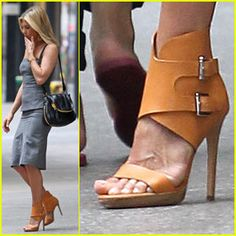 Jennifer Aniston steps out in a chic pair of peanut leather ankle cuff stilettos from Michael Kors Crazy Shoes, Me Too Shoes, Michael Kors Shoes, Jennifer Aniston, Beautiful Shoes, Couture, Stiletto Heels, Fashion Shoes, Shoe Boots