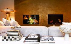 INTERIOR DESIGN BY STUDIO JAN DES BOUVRIE IN HET ARSENAAL NAARDEN #HETARSENAAL #NAARDEN #GOOISEMEREN #DUTCHDESIGN Interior, Interior Inspiration, Home, Golden Wall, Wall, Inspiration, Interior Design